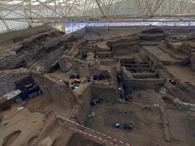 Image of excavations at Çatalhöyük taken from an unmanned drone