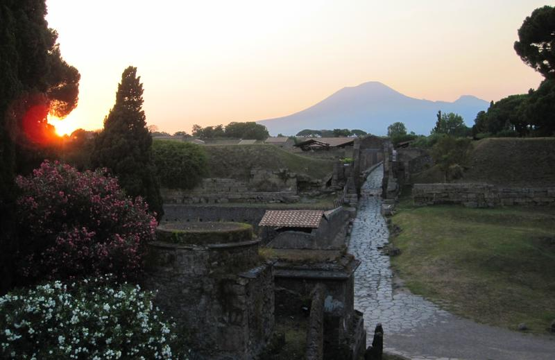 The event will include a lecture on The Last Days of Pompeii.
