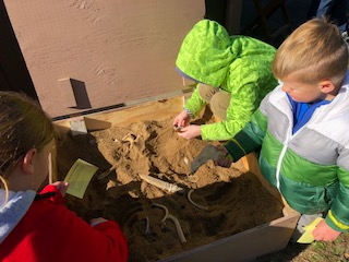 Fort Laurens Archaeology School Day
